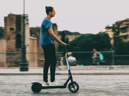 Electric Scooters Guide - How to Ride An Electric Scooter Safely